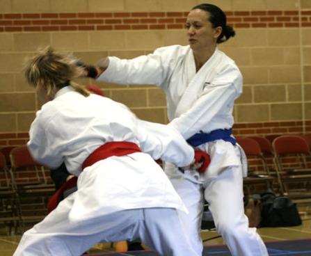 2009 Shikukai Championships Swindon. Jo Reyes R vs Sue Dodd L, in the ladies senior kumite.
